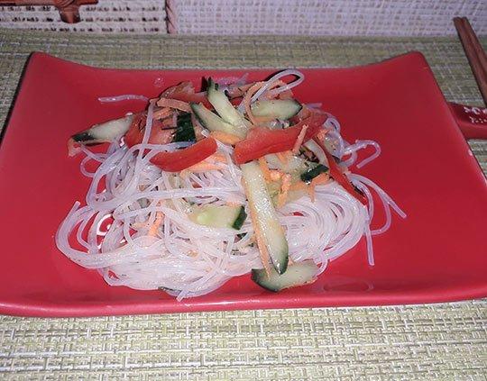 салат фунчоза по-корейски готов