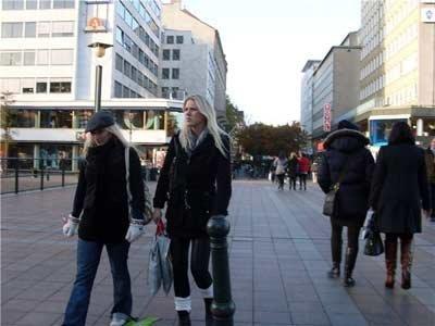 как сегодня одеваются в европе фото