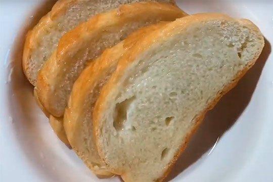 хлеб отстоять в молоке