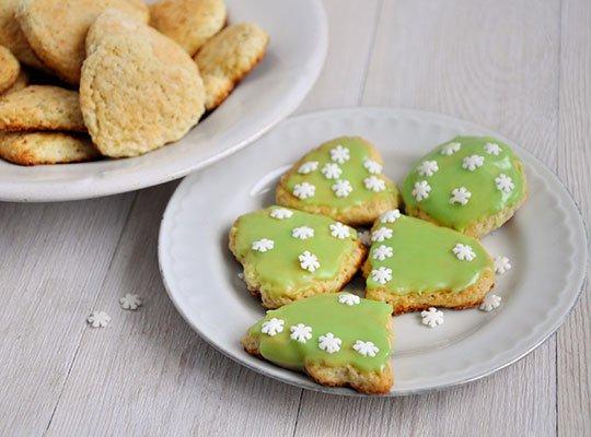покрыть глазурью печенье