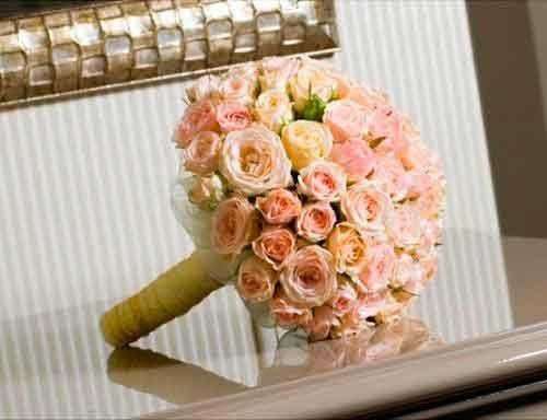 букет из роз для невесты