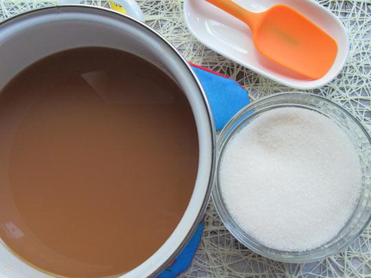 сок увариваем с сахаром